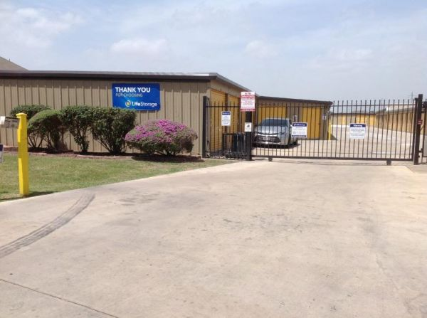 Life Storage - San Antonio - North Foster Road 3615 N Foster Rd San Antonio, TX - Photo 7