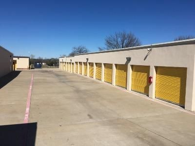 Life Storage - Garland - North Shiloh Road 3222 N Shiloh Rd Garland, TX - Photo 3