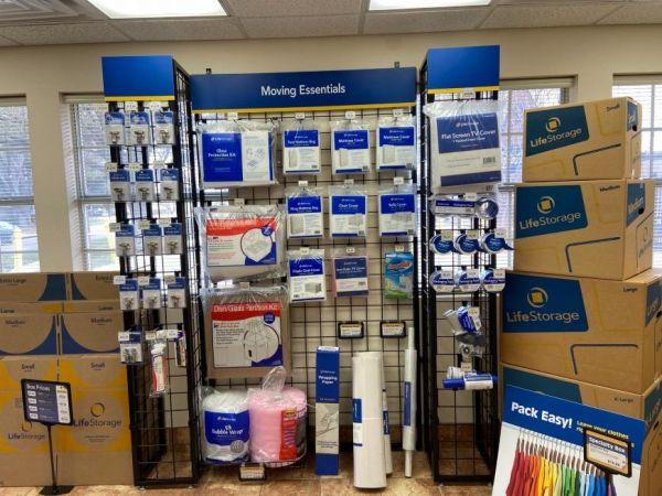 Life Storage - Dallas - Milton Street 5720 Milton St Dallas, TX - Photo 6