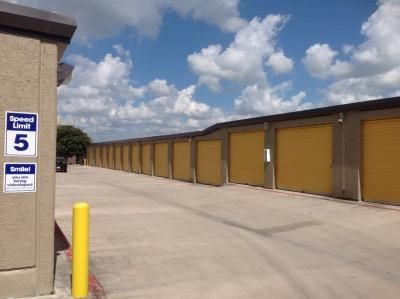 Life Storage San Antonio Jackson Keller Road Lowest Rates