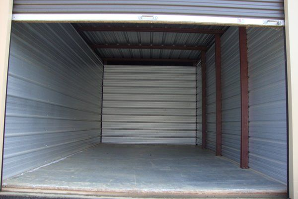 Spare Room Self Storage 14664 Highway 92 Woodstock, GA - Photo 2