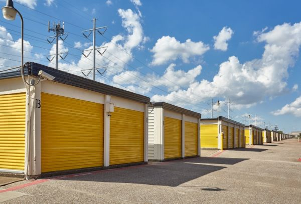 Storage Choice - Carrollton Rd 3111 Keller Springs Rd Carrollton, TX - Photo 4