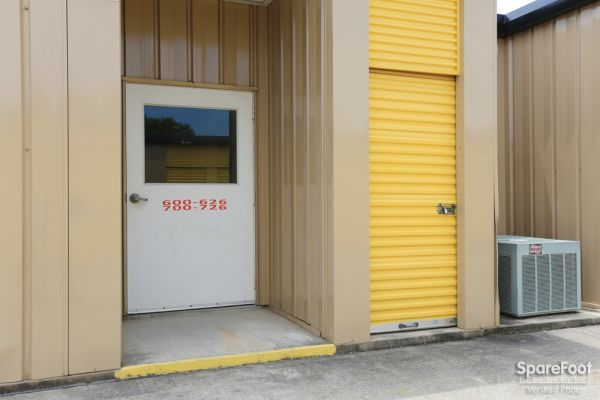 Storage Choice - Pearland 5710 W Broadway St Pearland, TX - Photo 11