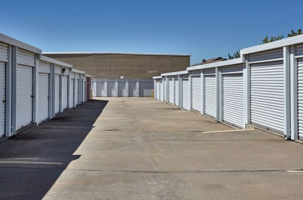 Storage Choice - Mira Vista 5600 Bryant Irvin Rd Fort Worth, TX - Photo 3