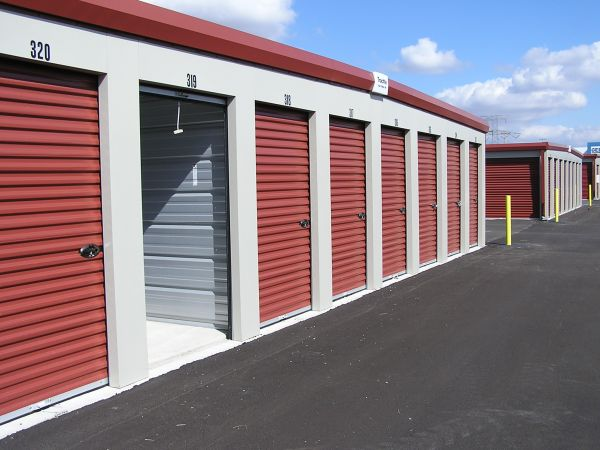 Ample Storage 2960 Elm Point Industrial Dr Saint Charles, MO - Photo 0