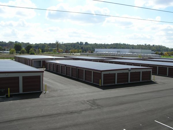 Ample Storage 2960 Elm Point Industrial Dr Saint Charles, MO - Photo 2