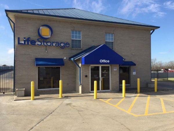 Life Storage - Round Rock - South AW Grimes Boulevard 2830 S a w Grimes Blvd Round Rock, TX - Photo 0