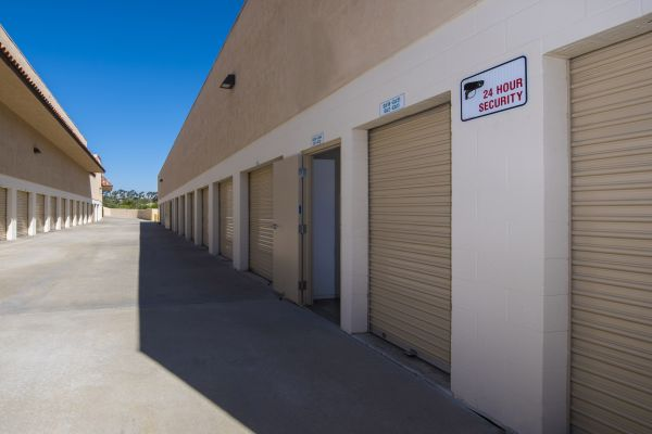 Olivenhain Self Storage 1605 Olivenhain Rd Encinitas, CA - Photo 4