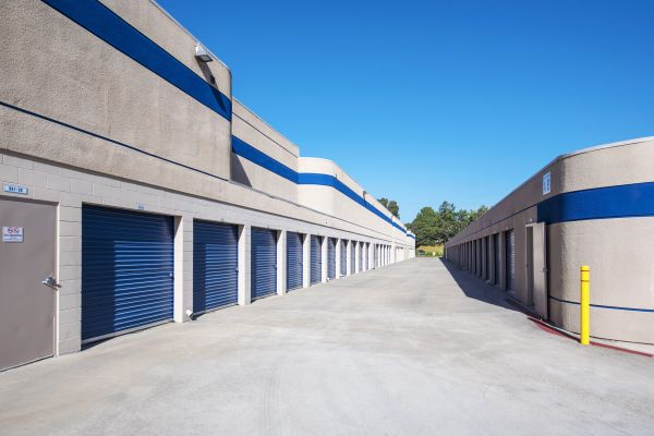 Mira Mesa Self Storage 7044 Flanders Dr San Diego, CA - Photo 3