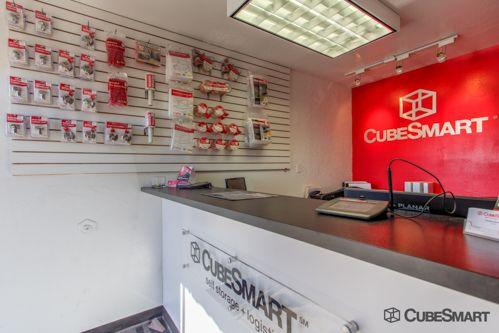 CubeSmart Self Storage - Chandler - 480 S Arizona Ave 480 S Arizona Ave Chandler, AZ - Photo 5