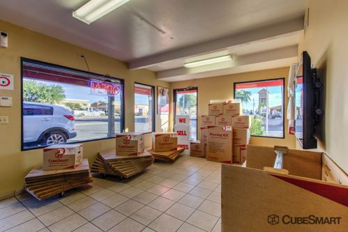 CubeSmart Self Storage - Tucson - 3899 N Oracle Rd 3899 N Oracle Rd Tucson, AZ - Photo 5