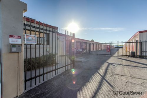 CubeSmart Self Storage - Tucson - 5550 South Palo Verde 5550 South Palo Verde Tucson, AZ - Photo 4