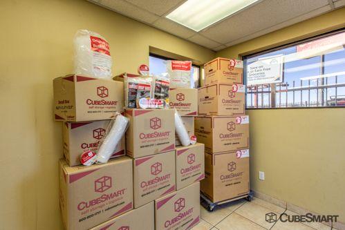 CubeSmart Self Storage - Tucson - 5550 South Palo Verde 5550 South Palo Verde Tucson, AZ - Photo 5
