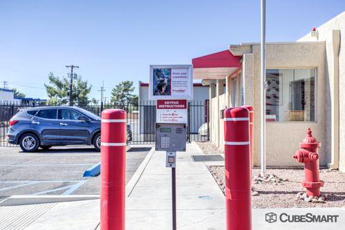 CubeSmart Self Storage - Tucson - 975 S Prudence Rd 975 S Prudence Rd Tucson, AZ - Photo 3