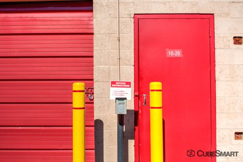 CubeSmart Self Storage - Tucson - 6560 E Tanque Verde Rd 6560 E Tanque Verde Rd Tucson, AZ - Photo 4