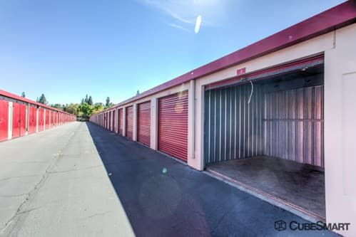 CubeSmart Self Storage - Orangevale 9360 Greenback Lane Orangevale, CA - Photo 2
