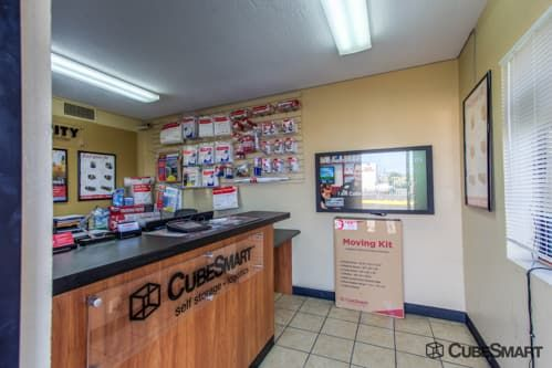 CubeSmart Self Storage - Orangevale 9360 Greenback Lane Orangevale, CA - Photo 6