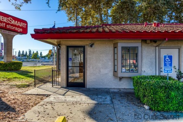 CubeSmart Self Storage - Sacramento - 775 N 16th St