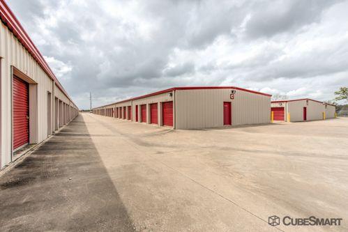 CubeSmart Self Storage - Bryan 741 North Harvey Mitchell Pkwy Bryan, TX - Photo 4
