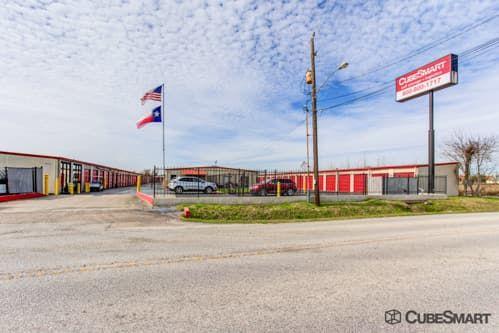 CubeSmart Self Storage - Houston - 9900 Rowlett Rd 9900 Rowlett Rd Houston, TX - Photo 0