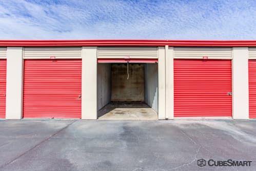 CubeSmart Self Storage - Houston - 9900 Rowlett Rd 9900 Rowlett Rd Houston, TX - Photo 6