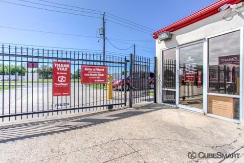 CubeSmart Self Storage - Houston - 7001 Synott Rd 7001 Synott Rd Houston, TX - Photo 4