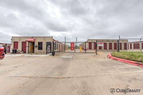 CubeSmart Self Storage - College Station - 104 Holleman Drive 104 Holleman Drive College Station, TX - Photo 3