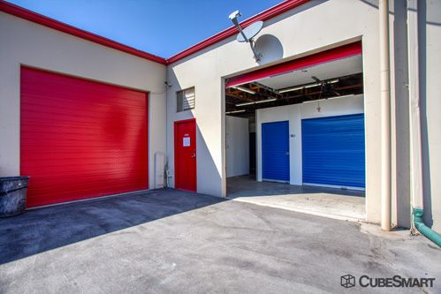 CubeSmart Self Storage - Murray - 5180 Commerce Dr 5180 Commerce Dr Murray, UT - Photo 3