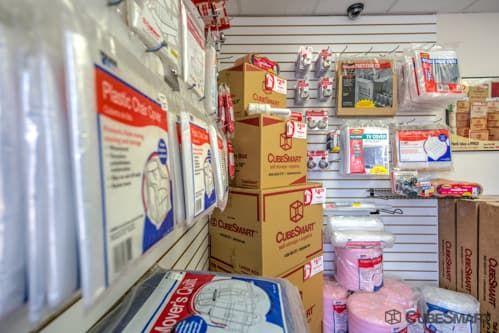 CubeSmart Self Storage - Long Beach 198 W Artesia Blvd Long Beach, CA - Photo 5
