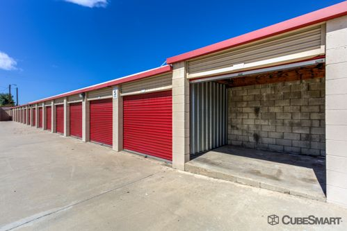 CubeSmart Self Storage - Rialto - 210 West Bonnie View Drive 210 W Bonnie View Dr Rialto, CA - Photo 2