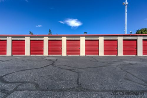 CubeSmart Self Storage - Rialto - 210 West Bonnie View Drive 210 W Bonnie View Dr Rialto, CA - Photo 3