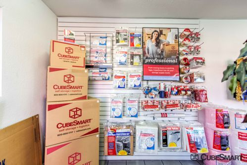 CubeSmart Self Storage - Las Vegas - 2645 S Nellis Blvd 2645 S Nellis Blvd Las Vegas, NV - Photo 5