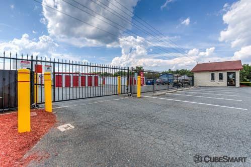CubeSmart Self Storage - Fredericksburg - 8716 Jefferson Davis Highway 8716 Jefferson Davis Highway Fredericksburg, VA - Photo 2
