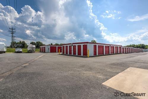 CubeSmart Self Storage - Fredericksburg - 8716 Jefferson Davis Highway 8716 Jefferson Davis Highway Fredericksburg, VA - Photo 5