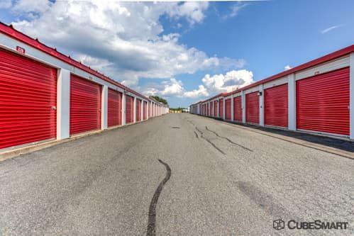 CubeSmart Self Storage - Fredericksburg - 8716 Jefferson Davis Highway 8716 Jefferson Davis Highway Fredericksburg, VA - Photo 6