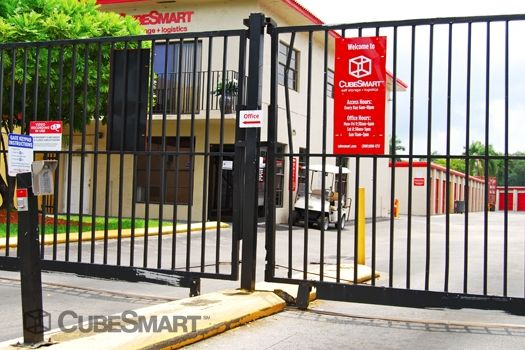 CubeSmart Self Storage - Miami - 15120 Ne 6th Ave 15120 Ne 6Th Ave Miami, FL - Photo 4