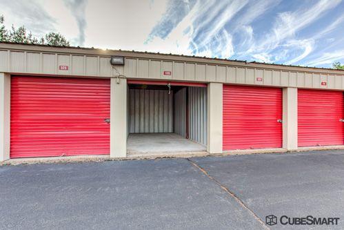 CubeSmart Self Storage - Bloomfield - 522 Cottage Grove Rd 522 Cottage Grove Rd Bloomfield, CT - Photo 8