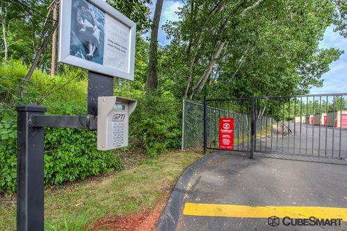 CubeSmart Self Storage - Bloomfield - 522 Cottage Grove Rd 522 Cottage Grove Rd Bloomfield, CT - Photo 9