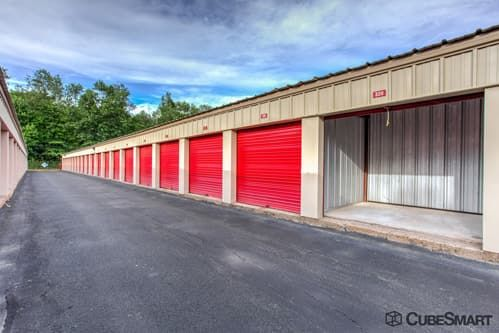 CubeSmart Self Storage - Bloomfield - 522 Cottage Grove Rd 522 Cottage Grove Rd Bloomfield, CT - Photo 7