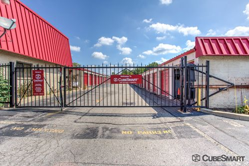 CubeSmart Self Storage - Middleburg Heights 6801 Engle Road Middleburg Heights, OH - Photo 7