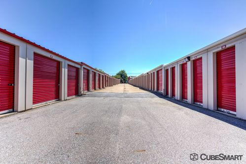CubeSmart Self Storage - North Olmsted - 24000 Lorain Rd 24000 Lorain Rd North Olmsted, OH - Photo 6