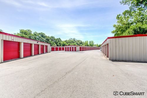 CubeSmart Self Storage - Branford 171 Cedar Street Branford, CT - Photo 4