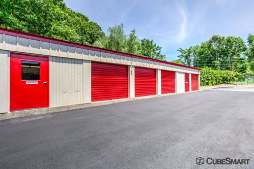 CubeSmart Self Storage - Branford 171 Cedar Street Branford, CT - Photo 6