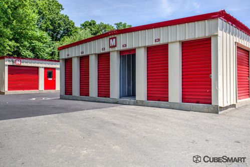 CubeSmart Self Storage - Branford 171 Cedar Street Branford, CT - Photo 7