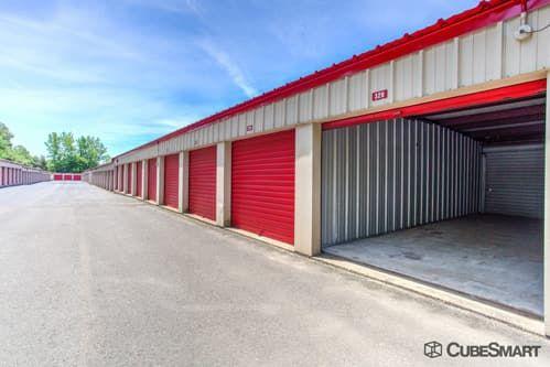 CubeSmart Self Storage - Branford 171 Cedar Street Branford, CT - Photo 5