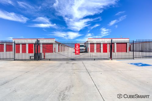 CubeSmart Self Storage - Rialto - 1238 West Baseline 1238 West Baseline Rialto, CA - Photo 4