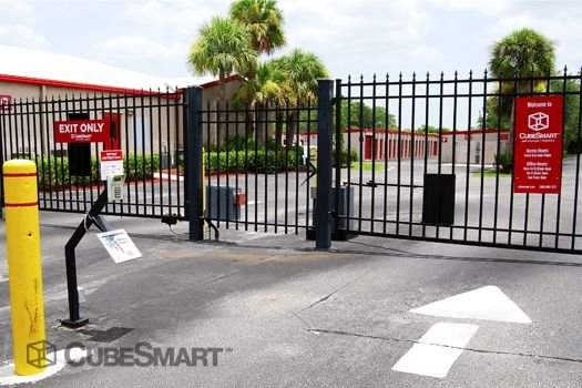 CubeSmart Self Storage - Naples - 5650 Naples Blvd 5650 Naples Blvd Naples, FL - Photo 5