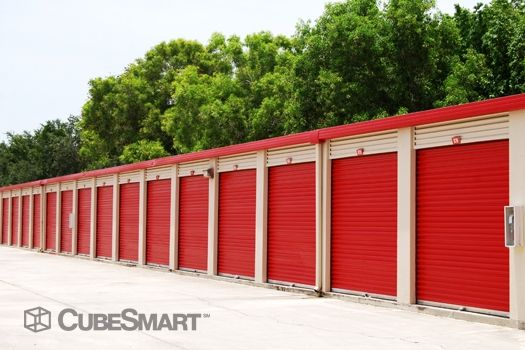 CubeSmart Self Storage - Naples - 5650 Naples Blvd 5650 Naples Blvd Naples, FL - Photo 6