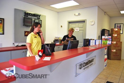 CubeSmart Self Storage - Naples - 5650 Naples Blvd 5650 Naples Blvd Naples, FL - Photo 10