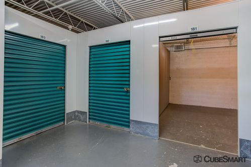 CubeSmart Self Storage - Stuart 550 SE Harper St Stuart, FL - Photo 4